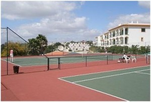 Tennis Courts in Monte Dourado