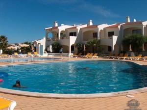 Monte Dourado Swimming Pool